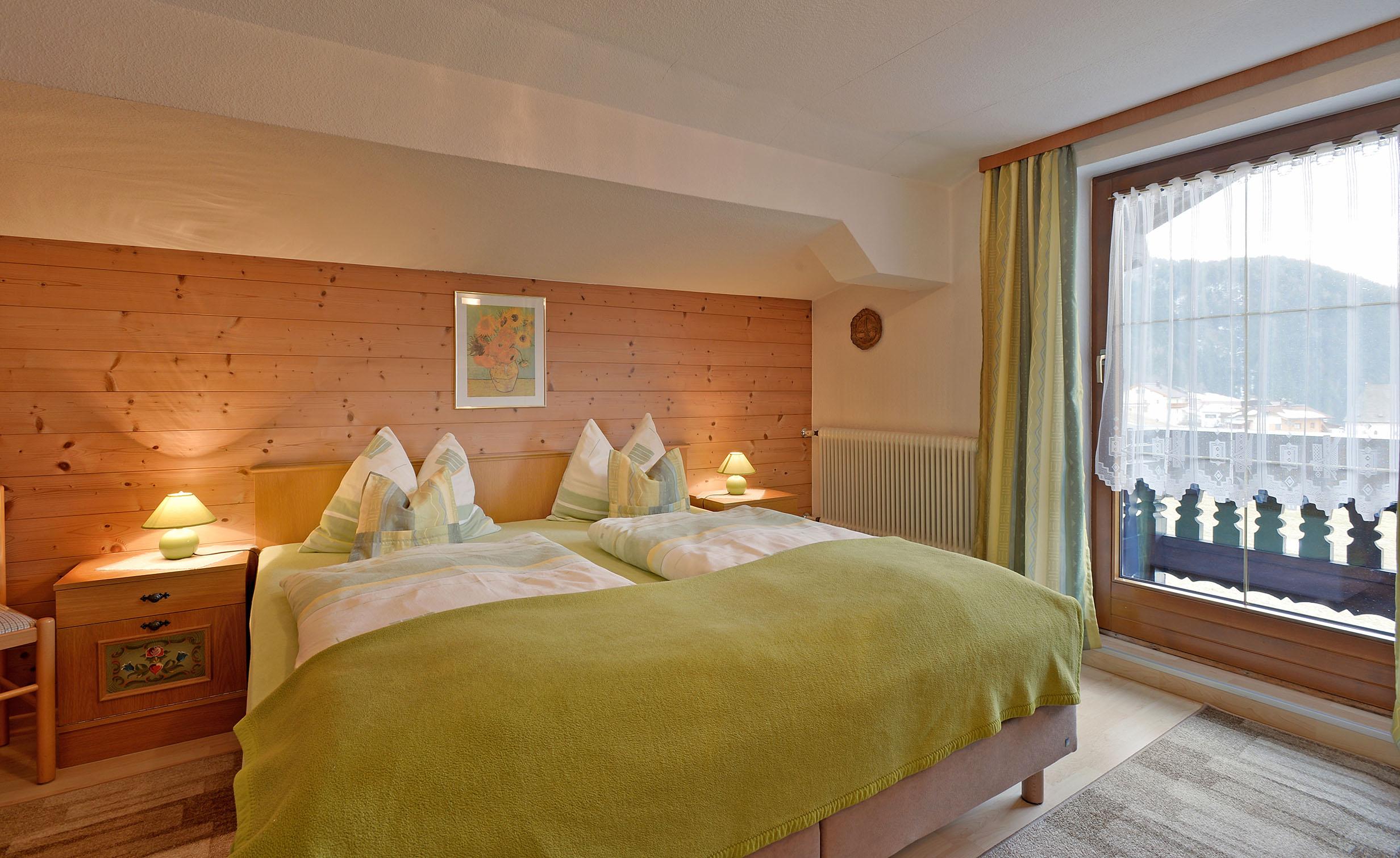 Gaestehaus-Planer-Schwendt-Schlecht-1-Barbara-Planer-Appartement-Schlafzimmer2